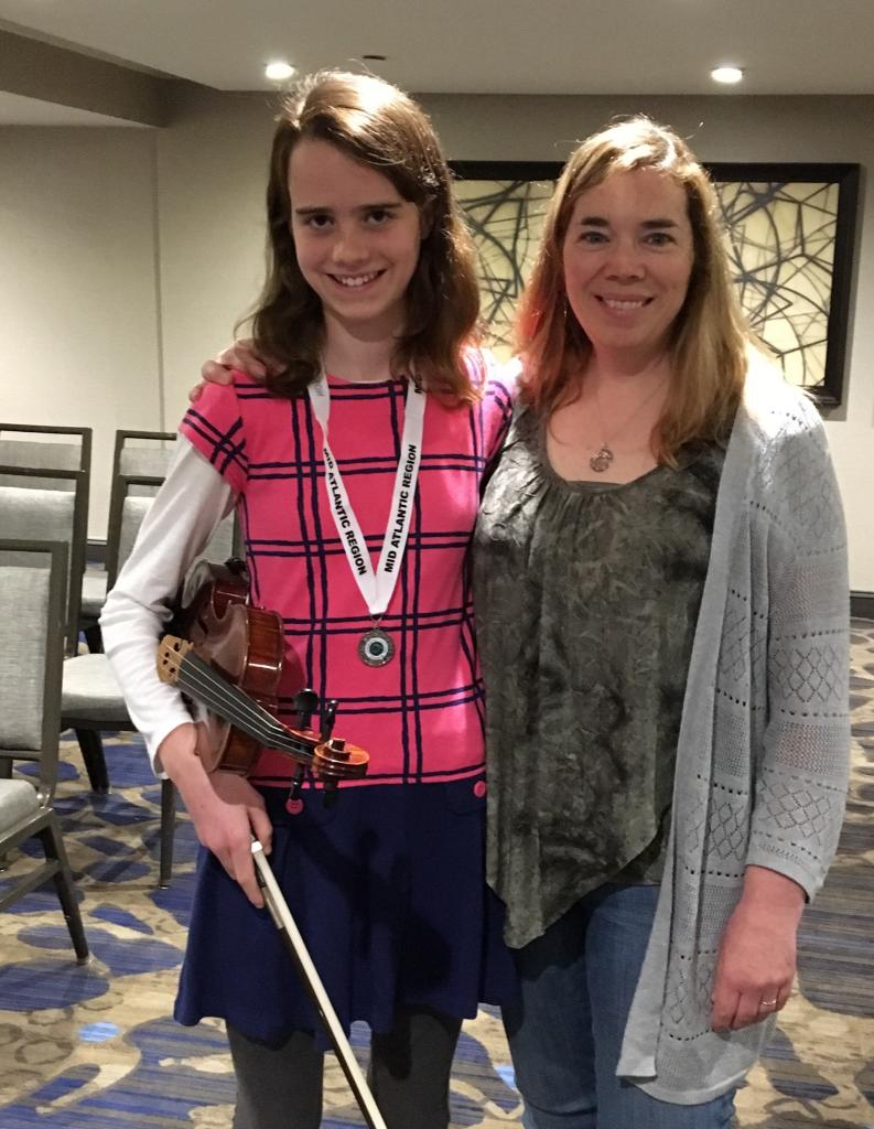 Emilie takes 2nd place in the U-15 fiddle at 2018 Mid-Atlantic fleadh in NJ!